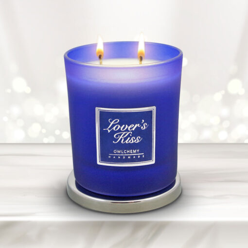 lovers kiss luxury candle